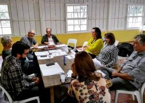 Em um pavilhão centenário, em São Paulo, cidadãos reunidos para repensar o papel das Organizações Não Governamentais