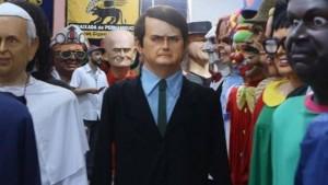 bolsonaro boneco