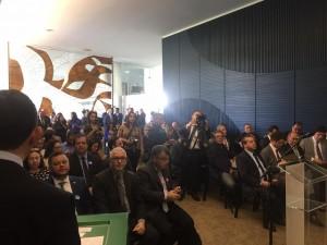 Casa lotada para o lançamento da Frente. Na primeira fila, a presença de Fernando Pinheiro Pedro, editor do Blog The Eagle View e um dos idealizadores da Frente Parlamentar