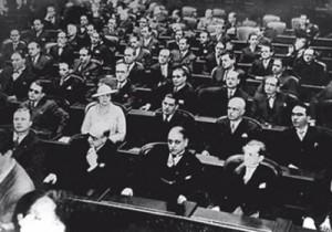 Deputada Carlota Pereira de Queiroz participando da Assembleia Nacional Constituinte de 1934.