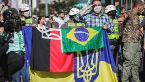 """Bolsonaristas """"ucranizando"""" sua manifestação"""